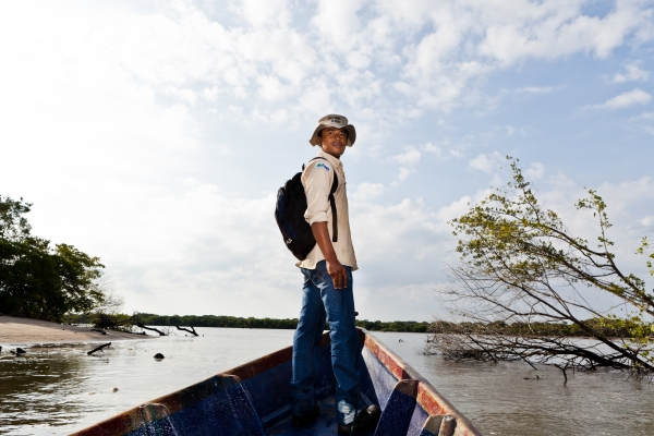Geovanny Díaz, wetland ranger, patrols the waters of the mangroves. Photo: Diego Vivanco